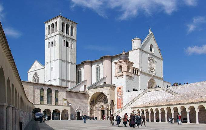 Die Basilika von San Francesco in Assisi