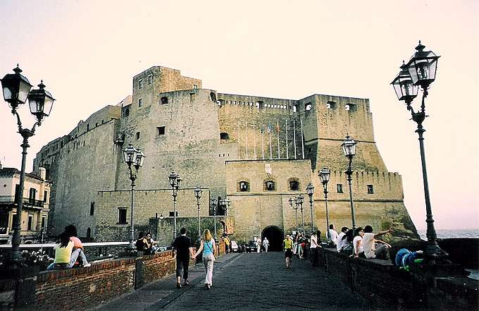 Neapel, Castel dell'Ovo